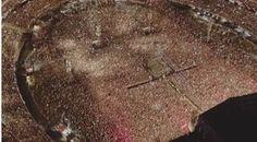 """La Beriso cierra el año haciendo historia   En menos de 48hs La Beriso publicó los primeros videos de lo que fue el show en el Estadio River Plate el pasado sábado 17 de diciembre. Una noche inolvidable que ya tiene más de 10 videos para revivir y compartir en HD desde su canal de YouTube/Vevo acá https://www.youtube.com/LaBerisoVEVO/videos. 55.000 personas fueron testigos de la presentación en vivo del disco """"Pecado Capital"""" y de un cierre de un año a puro rock haciendo historia. Más videos…"""