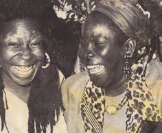 "jasoniaistheway: ""liberated-mind: "" Priceless smiles of Rita Marley and Whoopi Goldberg "" My heart😩 "" Bob Marley Pictures, Reggae Bob Marley, Marley Family, Nesta Marley, Whoopi Goldberg, The Wailers, Black Actresses, First Daughter, Before Us"