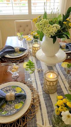 Dining Room Table Decor, Decor Home Living Room, Deco Table, Decoration Table, Fall Home Decor, Diy Home Decor, Room Decor, Coffee Table Centerpieces, Beautiful Table Settings