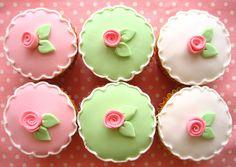 flower cupcakes 2582