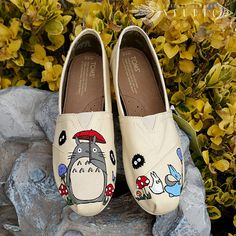 Hey, I found this really awesome Etsy listing at https://www.etsy.com/listing/240770118/my-neighbor-totoro-custom-toms