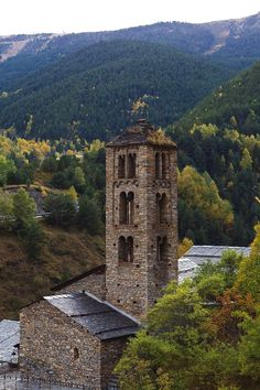 Torre-se-San-Clemente-de-Pal-Andorra-Pirineos