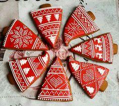 Christmas Tree Lots, Christmas Gingerbread, Christmas Crafts, Gingerbread Cookies, Iced Sugar Cookies, Christmas Sugar Cookies, Christmas Eve Service, Christmas Comics, Cookie Decorating