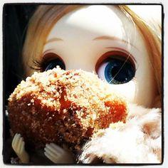 Apple Fritter doll face Daff fest