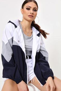Colour block wind breaker jacket featuring long sleeves, hood detail, front zip and a relaxed fit. Windbreaker Outfit, Black Windbreaker, Legit Clothing, Look Con Short, Festival Outfits, Festival Clothing, Wind Jacket, Moda Fitness, Tumblr Outfits