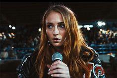 Atriz de 'Game of Thrones' estrela novo clipe da banda Bastille