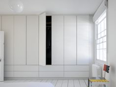Full Height Simple White Wardrobes & Drawers from Roundhouse Design Majestic, perfectly proportioned simple white wardrobes and drawers create a pure and restful space and provide ample storage space for all requirements. Wardrobe Drawers, Wardrobe Storage, Wardrobe Doors, Built In Wardrobe, Wardrobe Handles, Capsule Wardrobe, Bedroom Window Design, Wardrobe Design Bedroom, Bedroom Decor