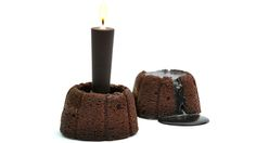 Molten Chocolate Cake omg...Chef Stéphane Bureaux has successfully created the world's first edible chocolate candle.