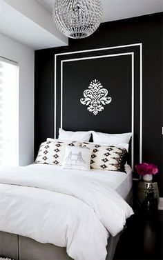 fresh bedroom, youthful bedroom, black walls, painted headboard, black and white bedroom Black Accent Walls, Painted Headboard, Bedroom Decor, Beautiful Bedrooms, Home, Interior, White Decor, Home Bedroom, Home Decor