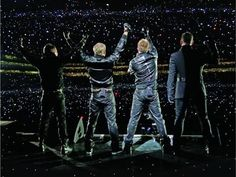 Tweet Pic via FilanDaily.com (filandaily) on Twitter ~ Ah the Memories of 1st Ever Croke Park Back in 2008!...OMG!...How can that be 4 Years Ago Already??!! lol :-) xxx