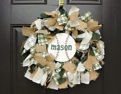 Vintage Baseball Party {Burlap & Houndstooth} // Hostess with the Mostess®