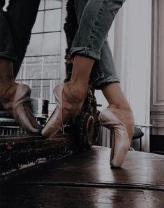 Character Aesthetic, Aesthetic Photo, Aesthetic Pictures, Dance Photos, Dance Pictures, Dancer Quotes, Ballet Dance Photography, Mikhail Baryshnikov, Fantasy Forest