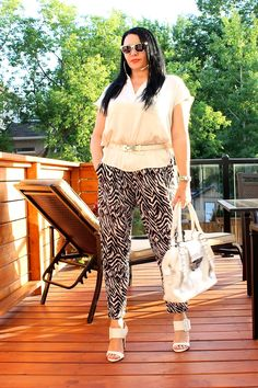 GlamorChic: 3 WAYS TO BE CHIC IN THE CITY #fashion #ootd #summeroutfits New Trends, Harem Pants, Summer Outfits, Fashion Photography, City Fashion, Ootd, Chic, Style, Elegant