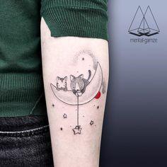 "2,181 Likes, 17 Comments - MENTAT • GAMZE (@mentat_gamze) on Instagram: ""#cat #moon #stars #sky #dream"""