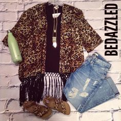 We love this kimono paired with some of our favorites! Leopard Kimono $36.99 Black Tee $8.99 Big Star Capris $136.00 Leopard Shoes $24.99 (5.5,6,7.5,8.5) Necklace $18.99 25oz S'well Bottle $46.99 #bedazzledokc #boutique #okc #shopbedazzled