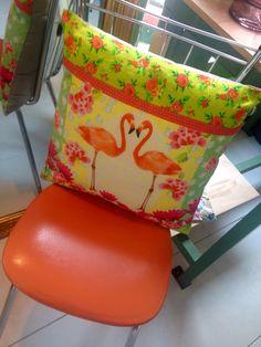 Flamingo kussen, lente vibe bij Venten Amsterdam!