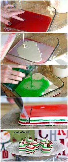 RECEITAS NATAL: Gelatina colorida. Simplesmente dissolva a gelatina (verde ou vermelha) em 150ml de água quente. Add 150ml água gelada. 10 min congelador. gelatina sem sabor dissolvida em 150 ml água quente misturar 150ml de creme de leite. 10 min congelador. fazer outra camada gelatina em cor diferente, congelador, camada creme de leite...ir alternando até ficar na altura desejada. Cortar em quadrados e decorar como quiser!