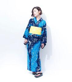 """tanuki-kimono: """"This starry sky yukata is so pretty Velvet Room, Yukata, Kimono, Sky, Pretty, Clothes, Fashion, Dress, Moda"""