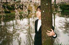 No últimodomingo, dia 19 de abril, o grupo masculino BTS (방탄소년단)revelou imagens préviaspara o seu retorno com o terceiro mini-álbum do grupo, intitulado Mood for Love pt.1 (화양연화 pt.1), que será …