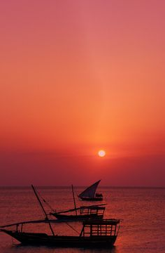 Spectacular sunsets - visit Zanzibar with TrueAfrica to watch the sun go down. Visit www.trueafrica.com for more info
