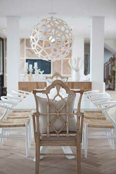 Michele Throssell Interiors > Beach house > Laid back, casual, comfortable textured interiors > Interior design > dining room > herringbone floors