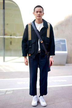 Galeria de Fotos Nas ruas de Seul, meninos vestem looks fáceis e com informação de moda // Foto 17 // Notícias // FFW