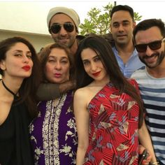 Omggg 🔥🔥🔥🔥. The Iconic pout Queen Bebo poses withSaif,Ranbir,Lolo @therealkarismakapoor ,@rimosky 😍💗👑💞😘🔥 @poonamdamania