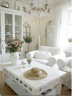 Spicing Up Your Home With Shabby Chic Home Decor