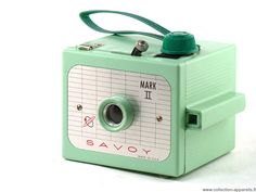 Imperial Savoy Mark II camera -- same shape as the Herco Imperial, but rotated 90 degrees