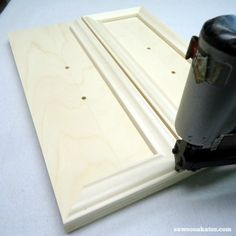 Small DIY Bathroom vanity plans - wrap the drawer fronts with moulding Basin Sink Bathroom, Diy Bathroom Vanity, Small Bathroom, Bathroom Moulding, Master Bathroom, How To Make Drawers, Mens Valet, Old Drawers