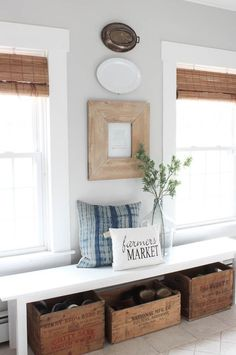 How to Decorate an Entryway - Rooms For Rent blog