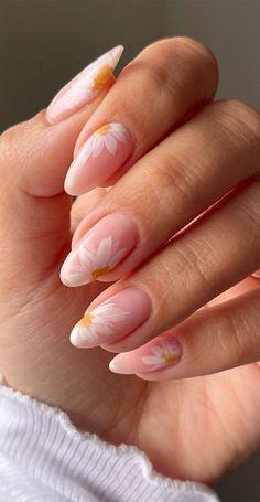 Almond Acrylic Nails, Cute Acrylic Nails, Acrylic Nail Designs, Gel Nails, Almond Nail Art, Nude Nails, Coffin Nails, Nail Polish, Chic Nails
