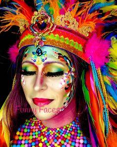 Gemalt von FunnyFaces # Make-up # Make-up Frau # Frau - Famous Last Words Festival Paint, Festival Chic, Boho Hen Party, Crown Art, Pink Sand Beach, Boho Theme, Beautiful Black Girl, Festival Makeup, Urban Photography