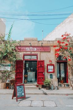 Wondering where you can find the best restaurants in Malta and Gozo? Look no further than these foodie spots, with a real focus on local dishes and produce. Malta Food, Malta Malta, Malta Italy, Malta Restaurant, Places Around The World, Around The Worlds, Places To Travel, Places To Go, Malta Travel Guide