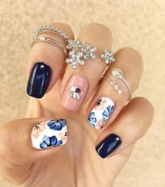 Nice 28 Spring Nail Art with Pink and Blue Color http://inspinre.com/2018/04/05/28-spring-nail-art-with-pink-and-blue-color/