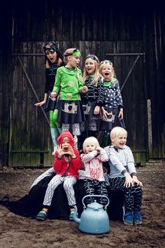 Kids having fun! Vrolijk en kleurijk collectie van Miszkomaszko www.kidsfinest.nl