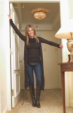 #JenniferAniston #boots over #jeans