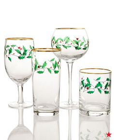 Who's ready for some egg nog? Make sure there's a bit of holly jolly spirit to go with each sip! Lenox Holiday Set of 4 drinkware collection