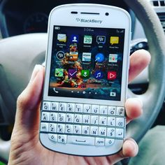 #inst10 #ReGram @yudha_130794: Wow.. Damn its   #BlackBerryClubs #BlackBerryPhotos #BBer #BlackBerryQ10 #QWERTY #Keyboard #OldBlackBerry