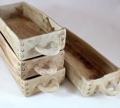 baking dishes with rustic warmth by Laurie Goldstein