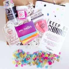 """""""Keep on Shining"""" cheer up care package in box Cheer Up Basket, Craft Gifts, Diy Gifts, Diy Confetti, Confetti Poppers, Clown Nose, Cheer Up Gifts, Creative Box, Get Well Gifts"""