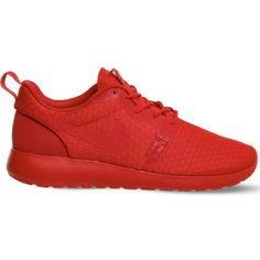 quality design a4fb3 f9907 NIKE Roshe One Hyperfuse trainers ( 115) ❤ liked on Polyvore featuring shoes,  sneakers, university red, lacing sneakers, nike, grip trainer, nike  sneakers ...