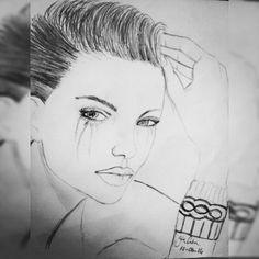 kadını güzel yapan şey; ne saçı, ne vücudu, ne de kendini ne şekilde taşıdığıdır... kadını güzel yapan şey; en icten tebessümüdür.