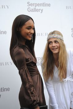 Cara Delevingne - The Serpentine Gallery Summer party
