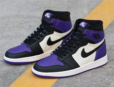 ZAFUL offers a wide selection of trendy fashion style women's clothing. Air Jordan Sneakers, Nike Air Jordans, Jordan Shoes, Shoes Jordans, Jordan 1 Black, Sneaker Heels, Vegan Shoes, Womens Flats, Me Too Shoes