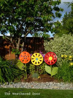 DIY - Hubcap flowers
