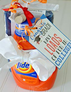 Looking for graduation gift ideas? Here's 25 great graduation gifts from creative ways to give money, chocolate, college survival kits and everything else. ideas for guys 25 Fun & Unique Graduation Gifts – Fun-Squared Unique Graduation Gifts, High School Graduation Gifts, Graduation Diy, College Gifts, College Gift Baskets, Graduation Gift Baskets, Birthday Presents, Sewing Projects, Party