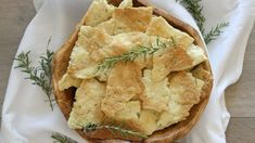 Check out this recipe! Rosemary Flatbread Recipe, Flatbread Recipes, Homemade Crisps, Smoked Salmon Dip, Indian Butter Chicken, Indian Food Recipes, Ethnic Recipes, Recipe Girl, Cooking