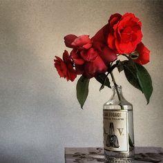 doctor cooper studio – The Secret Garden Simple Flowers, The Secret, Vase, Studio, Garden, Lawn And Garden, Flower Vases, Studios, Gardens