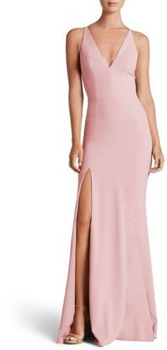 Dress the Population Women's Iris Slit Crepe Gown Wedding Guest Outfit Inspiration, Wedding Ideas, Latin Wedding, Trumpet Gown, Nice Dresses, Formal Dresses, Dress The Population, Fancy Pants, Fashion Outfits